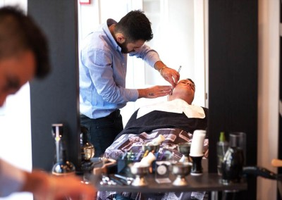 client receiving a wet shave